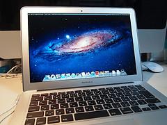 買って来たばかりのMacBook Air起動画面