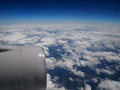 Orlandoに向かうUA296便の機内から見た雲海
